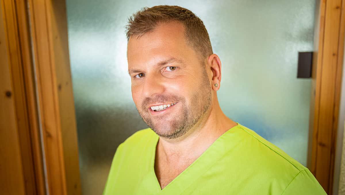 zahnarzt-dr-frank-schleenbecker